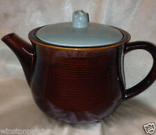 RED WING POTTERY USA VILLAGE GREEN TEAPOT 54 OZ GREEN LID & BROWN TEAPOT