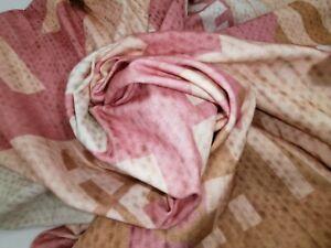Jersey Baumwolle 1,6 x 1,5 Mtr  rosa sehr schöner Stoff Buchstabenprint Sprüche