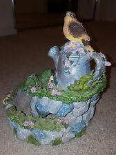 Excellent condition *Bird Bath* Cast Stone 2 piece Stacked Decorative Display