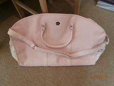 ladies  quality suitcase/weekend travel bag pink by FIORELLI Italy