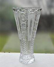 Große Kristallvase gezackter Rand und reicher Schliffdekor