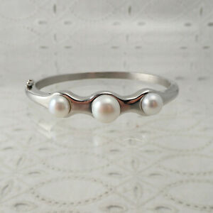 """Honora White Mabe Pearl Stainless Steel 7"""" Hinged Bangle Bracelet"""