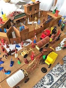Cowboy Holzfort mit Figuren Jean Höfler für Bastler Dachbodenfund