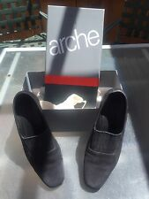ARCHE BOUTIQUE SIZE 8 GATINE VEAU NUBUCK BLACK WOMENS SHOES HEELS PUMPS