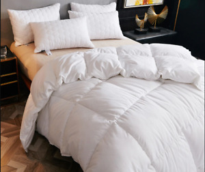 HOTEL LUXURY QUALITY - NATURAL DUCK DOWN & FEATHER DUVET, DOUBLE BED QUILT