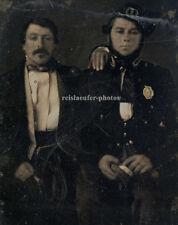 1/3 – 1/2 Platte Daguerreotypie. Soldaten?, Polizei?, Heilsarmee?,Post?, um 1850