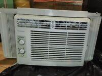 Frigidaire FFRA0511R1E Air Conditioner 5000 BTU with window brackets