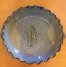 """2 Toned Pottery Quiche Dish With Flower Design 9"""""""