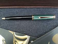 PELIKAN Souverän K800 grün-schwarz Old Style in Geschenketui
