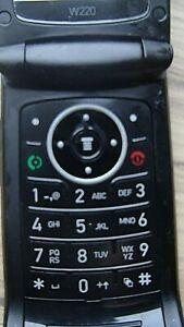 MOTOROLA W220 MOBILE PHONE AND CHARGER