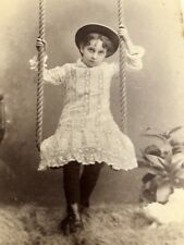 """Antique Cabinet Card """"SWEET GIRL ON ROPE SWING LACEY DRESS & Hat"""" Quebec Photo"""