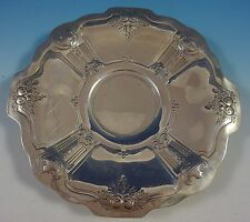 Reed and Barton Sterling Silver Cookie Plate w/Chased Urns Fruit #800 (#1413)