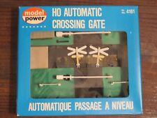 NIB  Model Power - HO Automatic Crossing Gate No. 4161