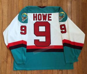 Throwback Gordire Howe #9 Hockey Jerseys Detroit Retro Custom Name Stitched