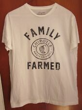 CHIPOTLE MEXICAN GRILL small T shirt Family Farmed restaurant chili pepper logo