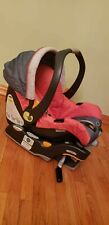 Chicco Keyfit 30 Infant / Baby Car Seat & Carrier with Base.