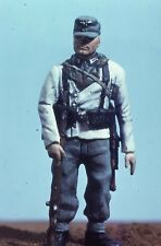 Valiant Miniature Kit# 9716 - German Mountain Trooper WWII - 54mm