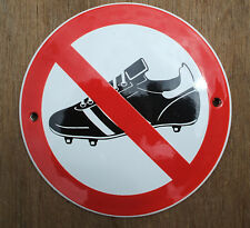 ENAMEL 'NO FOOTBALL BOOTS' SIGN, BLACK DESIGN ON A WHITE BACKGROUND. 10cm.