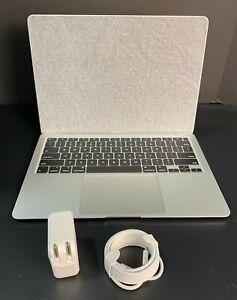 """2020 Apple MacBook Air 13"""" 1.1GHz Intel Dual Core i3 8GB RAM 256GB SSD MWTN2LL/A"""