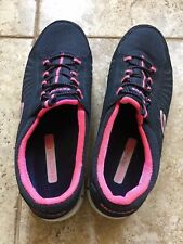 Women Skechers Sneakers Size 6 Blue and Pink