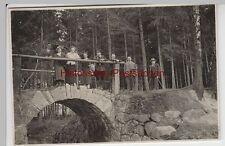 (F3825) Orig. Foto Wanderung Neuspittwitz (Sa.), Pers. a. Steinbrücke 1935