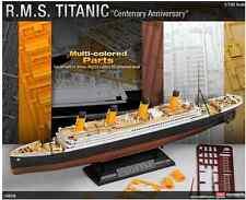1/700 Multi-Colored Parts R.M.S TITANIC / ACADEMY MODEL KIT