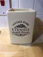Vintage Home Utensil Holder Cream