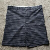 Greg Norman Golf Shorts Size 34 Black/Grey
