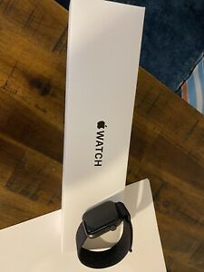 Apple Watch SE 44mm Space Gray Aluminum Case with Black Sport Band - Regular...