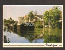 """MONTARGIS (45) PENICHE """"VAUBAN"""" en gros plan sur CANAL DE BRIARE & VILLAS"""