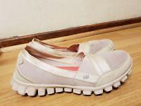 skechers womens memory foam shoes size uk 5 / eu 38