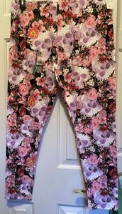 Women's/Junior's No Boundaries Ankle leggings floral & Skulls size XL NEW
