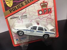 Road Champs 1:43 scale diecast 1997 Ford O.P.P. Police