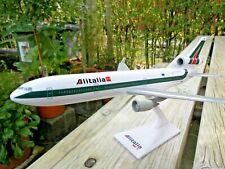 MD-11  ALITALIA SKYTEAM  1:200  RARE mc-donnel douglas