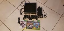 Microsoft Xbox 360, schwarz, mit 2 Controllern und 3 Spielen