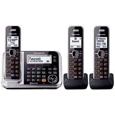 Panasonic KXTG7893AZS Cordless Phone with 3 Handsets