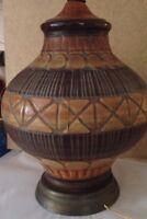 MID CENTURY ART POTTERY CERAMIC  TABLE LAMP Textured Earthtone