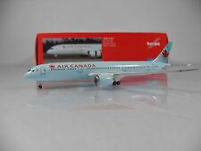 Herpa Wings 1:500 Air Canada Boeing 787-9 Dreamliner Reg.C-FNOG Artnr.528016-001