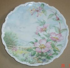 Royal Albert Collectors Plate WILD ROSE AND HONEYSUCKLE