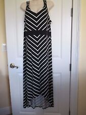 NWT-APT. 9 sleeveless V-neck Stretch Maxi Dress- sz PXL - MSRP $50.-Black/White