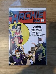 ARCHIE 1941 #1 EXCLUSIVE Wonder Woman Homage Variant Cover - Only 500 Printed