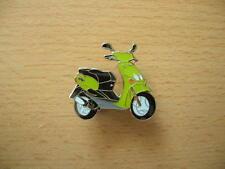 Pin Anstecker MBK Ovetto grün green Roller Scooter Art. 0717 Badge Spilla Moto