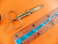 Paire de ciseaux anciens pliant / scissors