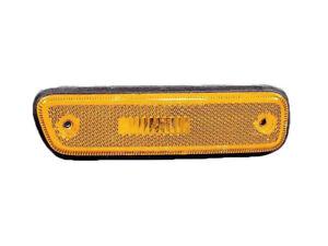 Suzuki Grand Vitara 99 - 05 XL-7 XL7 Side Marker Light Right Passenger Side
