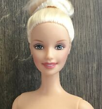 Beautiful Vintage 1994 Ballerina Barbie Doll.