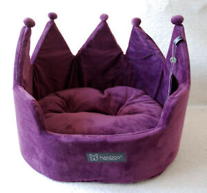 "NANDOG PET HEAR CAT DOG LUXURY BED PURPLE VELVET  TIARA CROWN 16x16"" 41x41cm"