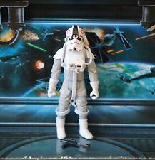 STAR WARS FIGURE 2006 SAGA COLLECTION AT-AT DRIVER