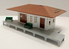 Vintage O Scale Plasticville Suburban Train Station 1616 100  Inside Marked 1952