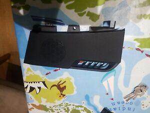 Freelander 2 Lh & Rh Speaker Grill LR002693 LR002694 in black
