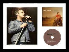 Robbie Williams / Limited Edition / Framed / Photo & CD Presentation